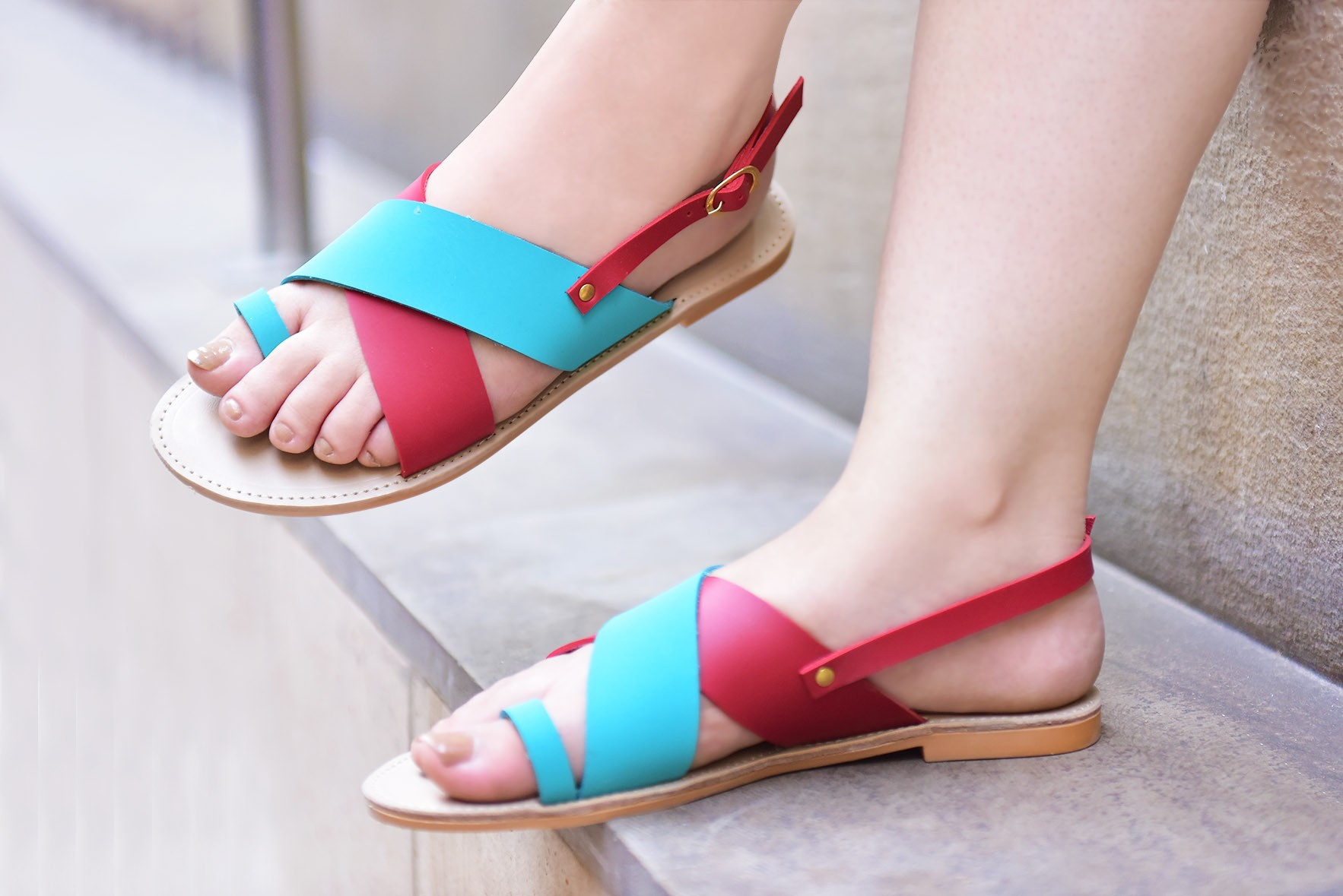Carefree flats blue red