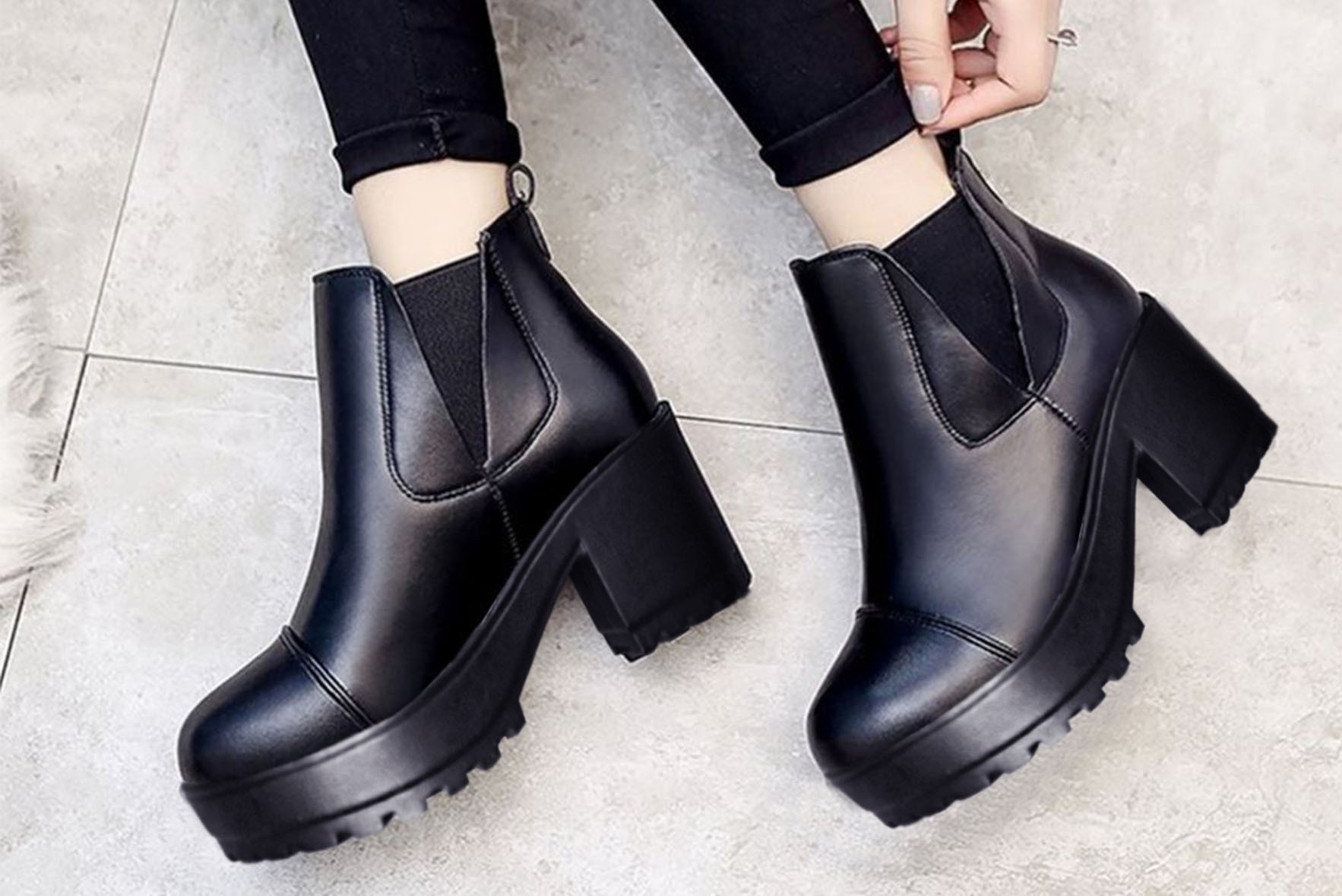 Rory black boots